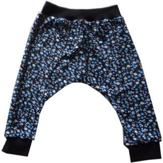 Dalton broekje met blauw en witte bloempjes